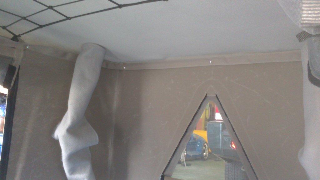 Tienda de techo fabricamp caravania for Techos de tirol